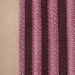 lucent-luce-003-red-curtain